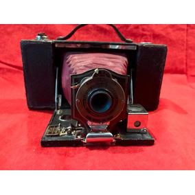 Antigua Cámara Eastman Kodak Pocket Brownie Model 2 Fuelle