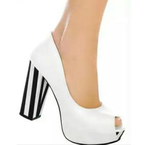 Salto Sapato Peet Toe Listrado Branco E Preto