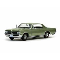 1964 Pontiac Gto, Pinehurst Verde - Sunstar 1827gn - 1/18 E
