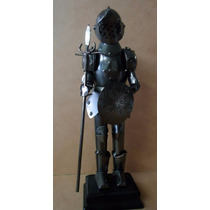 Estatueta : Boneco Medieval De Metal 28 X 8 X 6 Cm