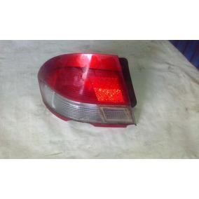 Stop Izquierdo Ford Laser 1997 -1999