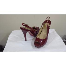 Sapato Christian Louboutin Peep Toe Patented Opened