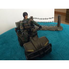 Mini Playset Quadriciclo 1/18 - World Peacekeepers