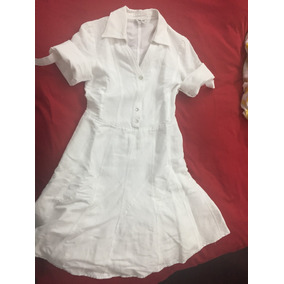 Accesorios para vestido blanco de lino
