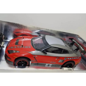 Carrinho Controle Remoto Nissan Gt-r Vermelha Corrida