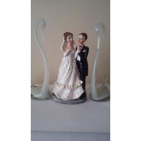Topo Bolo Casamento Resina Noivos/ Bolo 14cmx8cm