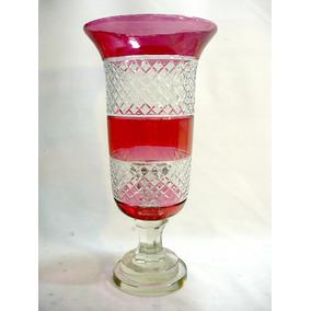 Castiçal Em Cristal Europeu Vermelho Lapidado A Mão Raro