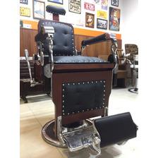 96f238c327c Cadeira De Barbeiro Restaurada Com Frete Grátis