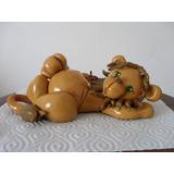 León En Porcelana Fría