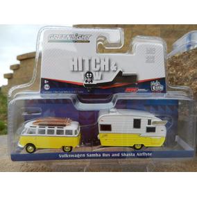 Greenlight Hitch & Tow Volkswagen Samb Camper & Trailer 1:64