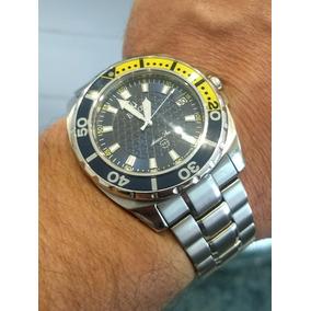 048e33efc7a Relógio Bulova - Modelo  96b126 - Marine Star Black Dial