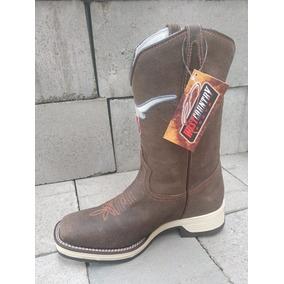 84aa8a5e0ff5e Botas West Country Masculina - Sapatos no Mercado Livre Brasil