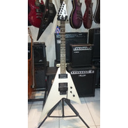 Guitarra Cort Flying Vx2v Emg Hz Cola De Tiburón Funda Cort