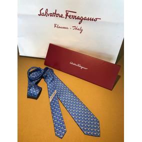 Gravatas Salvatore Ferragamo Originais De Seda - Acessórios da Moda ... 9b45274d2f