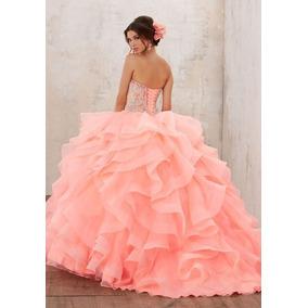 Vestido Tipo Vizcaya. Xv Años. Color Salmon