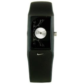 Wc0048-085 Nike Mujeres Merge Salto Del Reloj