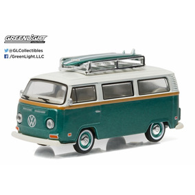 Greenlight 1:64 1972 Volkswagen Combi Con Tabla De Surf