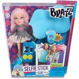 Bratz Selfie