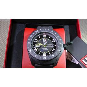 Reloj Luminox Xcor, Serie 5020 Aerospace, 200 Metros