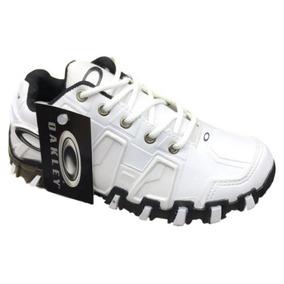 a491a320a76a9 Tenis Oakley Feminino Preto Com Rosa - Oakley para Masculino Branco ...