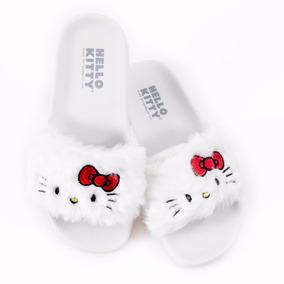 Chinelo Slide Hello Kitty De Pelúcia