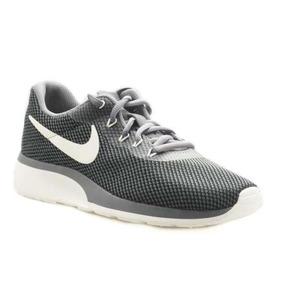 8648052794aee Nike Tanjun Negras - Ropa y Accesorios en Mercado Libre Perú