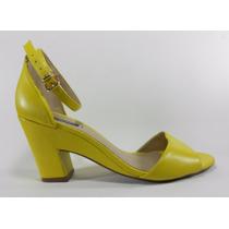 Sapato Sandalia Feminina Arezzo Couro Amarela Salto Baixo