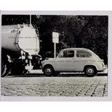 Fiat 600 Fitito En Calle Empedrada Foto Original