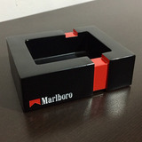 Cenicero Marlboro Red