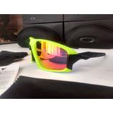 Óculos De Ciclismo Oakley Field Jacket. 7b7a96bb89