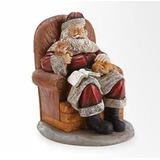 Papá Noel Sentado En Una Silla Con La Figura De Navidad De