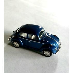 Carro Miniatura Volswagen Beatle. Escarabajo A Escala 1:64