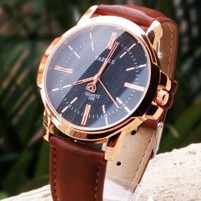 e8713a5f917 Relógios Masculinos Luxo Yazole Social Pulseira Couro N4