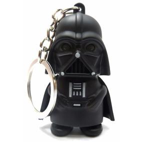 Chaveiro Com Lanterna E Som Star Wars Do Darth Vader