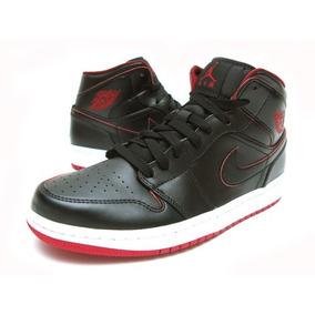 Nike Air Jordan 1 $ 55.000 (tallas: 10 Us; 10.5 Us; 11 Us)