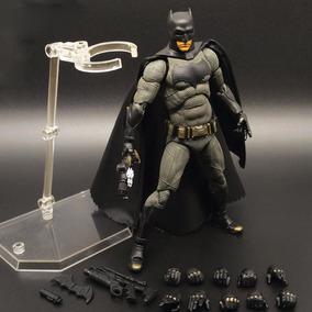 Figure Batman Vs Superman Ben Affleck Mafex No.017 P-entrega