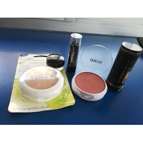 Vendo Kit De Maquillaje Incluye Polvo Compacto Blush Sombra