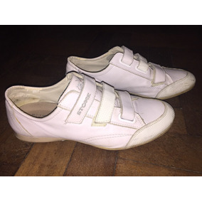 Zapatillas Stone De Cuero Blancas, Impecables.