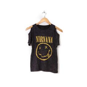 Remera Batik Hombros Descubiertos Estampado Nirvana Mujer