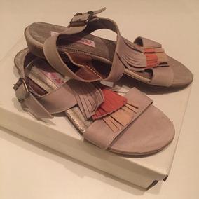 Sandalias De Cuero Vacuno 38 Zapatos Chatitas Tiza Nuevas