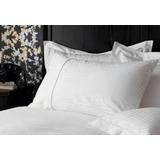 Linea Hotelera Sabanas Blancas Negras Matrimonial Hotel