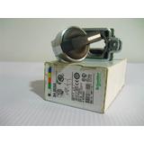Selector Retorno Centro Xb4bd53 Schneider Electric