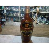 Garrafa Porcelana Whisky The Breeder´s Choise Vaz 750ml