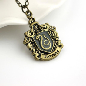 Harry Potter, Collar Insignia De La Casa Slytherin