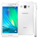 Celular Samsung Galaxy A3 A300m Duos 4.5 16gb 4g 8mp Vitrine