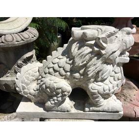 Escultura De Dragon
