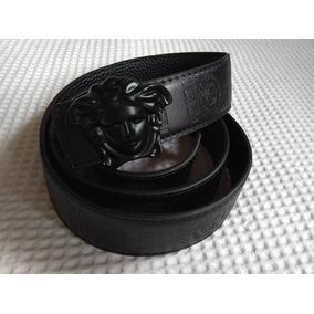 176a549e286f5 Cinto Versace Couro Desenhado Preto Top Lançamento Medusa