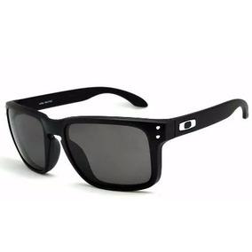 Óculos De Sol Espelhado Lente Preto Famoso De Marca Quadrado