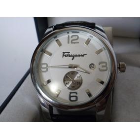 Elegante Reloj Salvatore Ferragamo, Fechador, Subasta $1