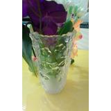 Bello Y Fino Florero De Cristal Con Flores
